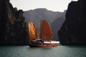 Stay on a Junk on Halong Bay, Vietnam